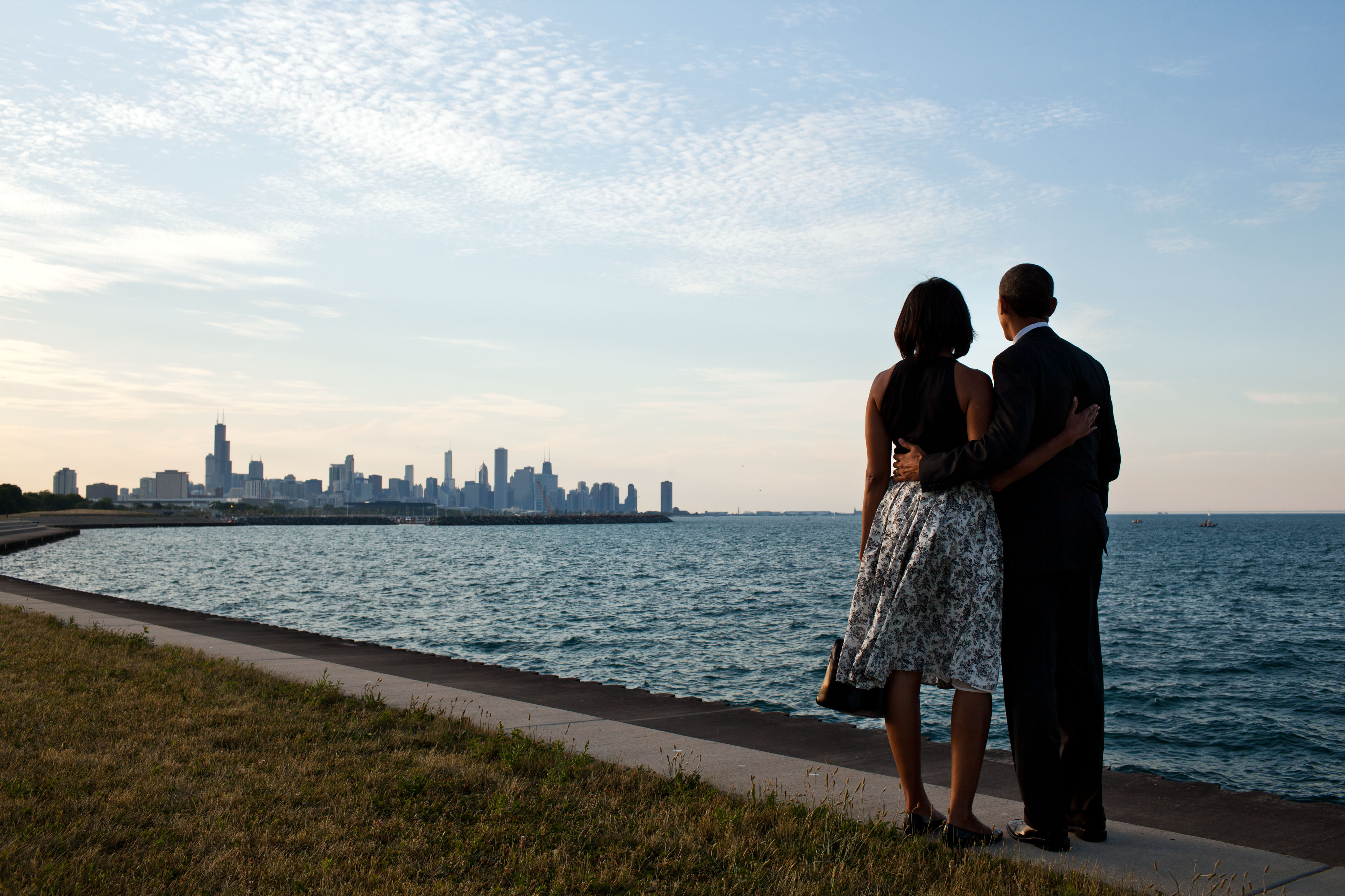 Barack_and_Michelle_Obama_looking_at_Chicago